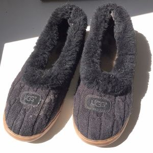 UGG Cable Knit Slip-ons ✨